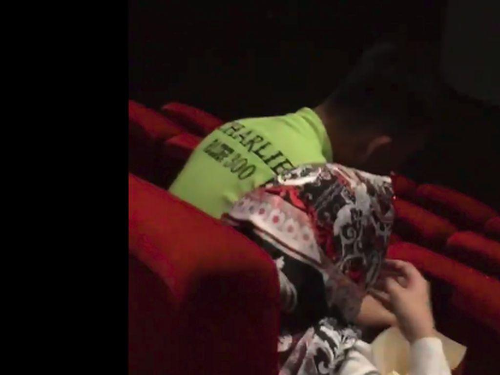 Pengakuan Perekam Video Pria Merokok di Bioskop: Semua Bisa Lihat Asapnya