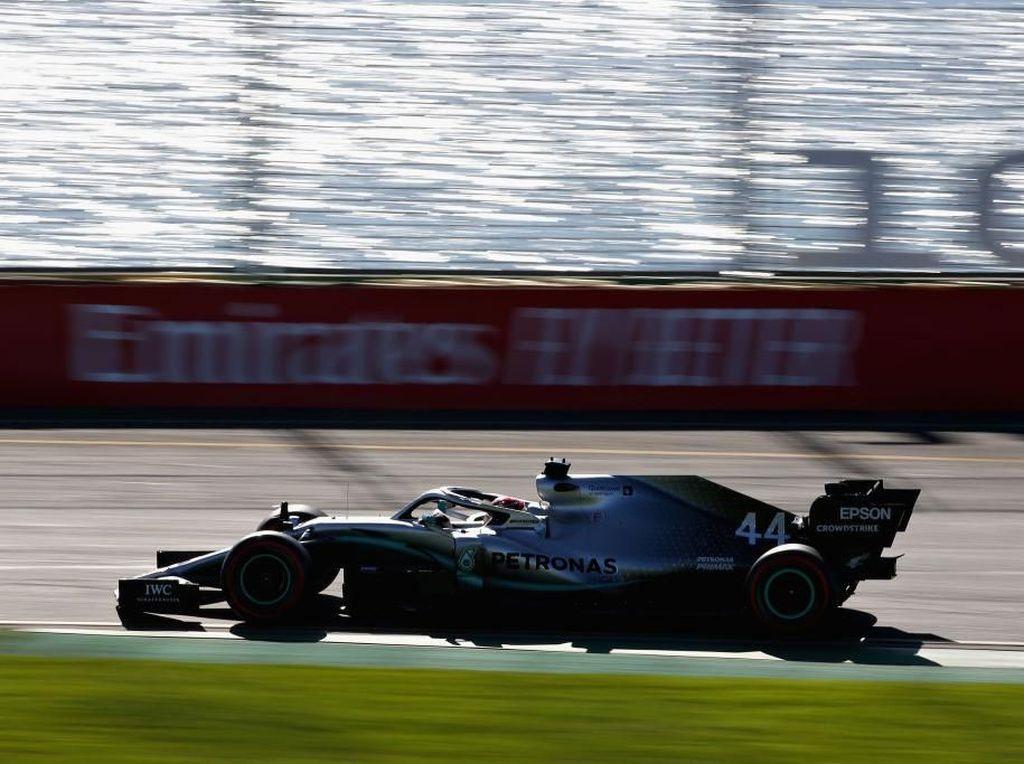 Hamilton Tercepat, Duo Mercedes Mendominasi FP2 GP Australia