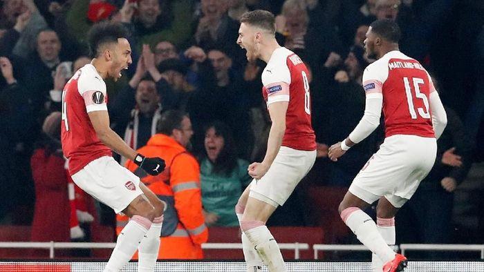 Arsenal menatap April yang menantang. (Foto: David Klein/Reuters)