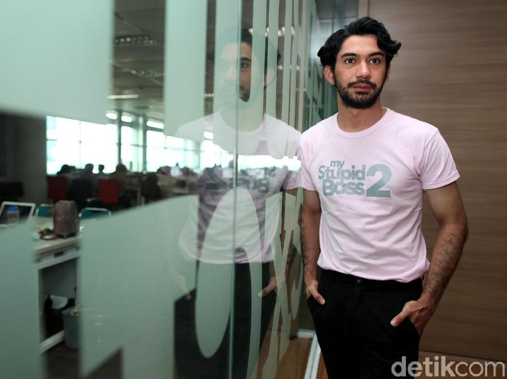 Ini Nazar Reza Rahadian untuk Film My Stupid Boss 2