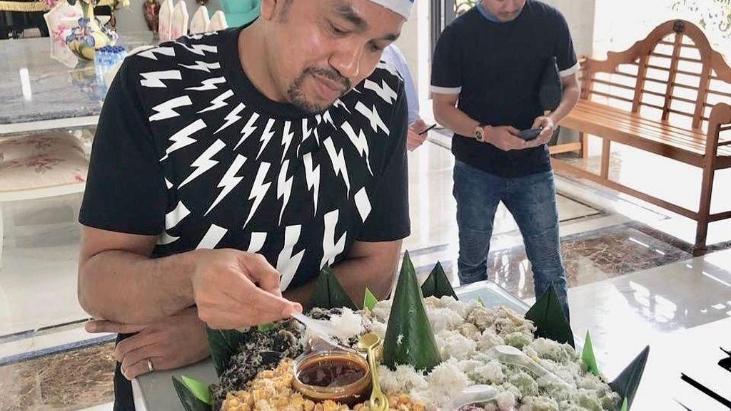 Disebut Crazy Rich Tanjung Priok, Begini Gaya Kulineran Seru Ahmad Sahroni