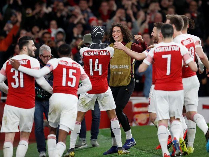 Arsenal saat menghajar Rennes 3-0 di Liga Europa. (Foto: David Klein/Reuters)