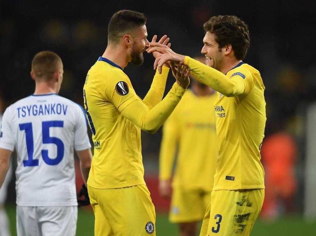 Hasil Liga Europa: Giroud Hat-trick, Chelsea ke Perempatfinal