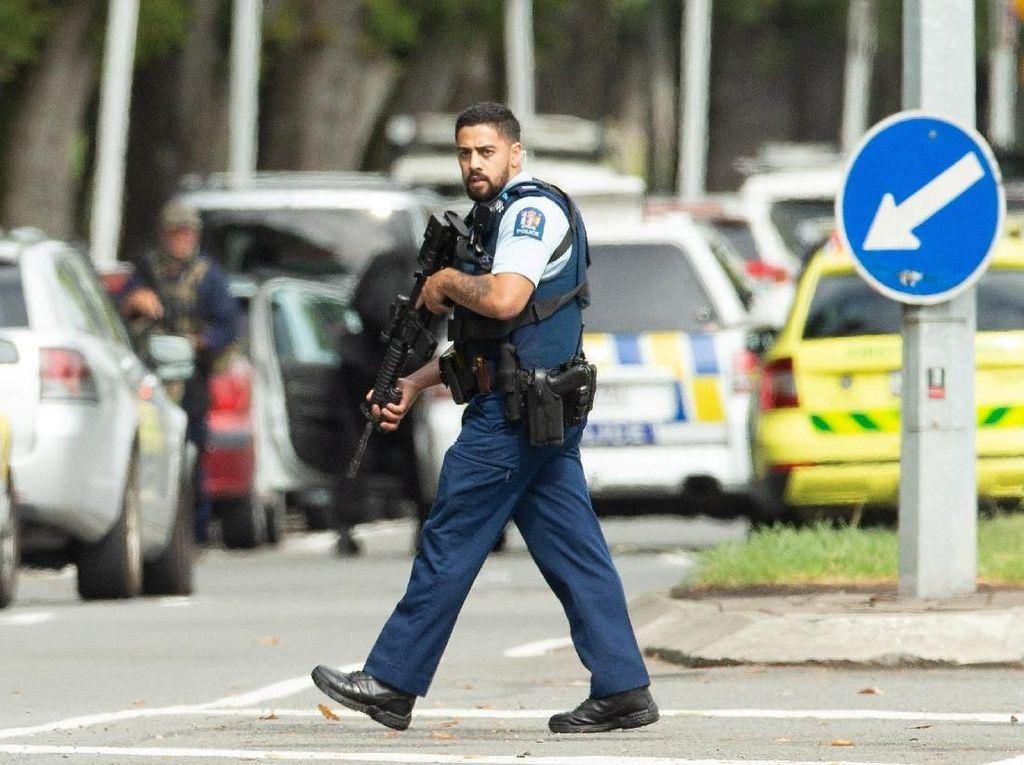 Traveler Sedang Berada di New Zealand, Jokowi Minta Hati-hati