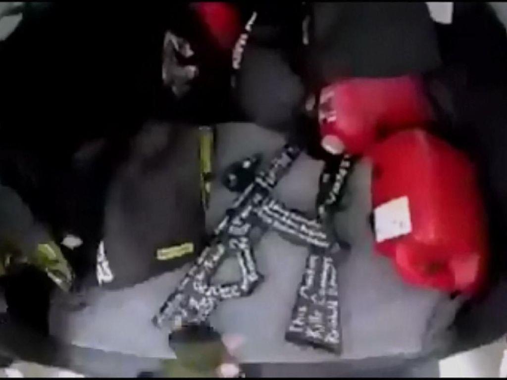 Ini Video Persiapan Brenton Sebelum Tebar Teror di Masjid