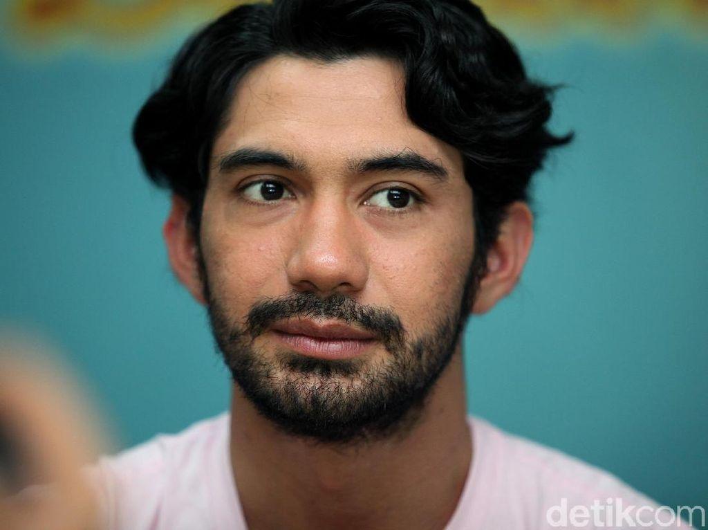 Disebut Aktor dengan Bayaran Termahal, Begini Tanggapan Reza Rahadian