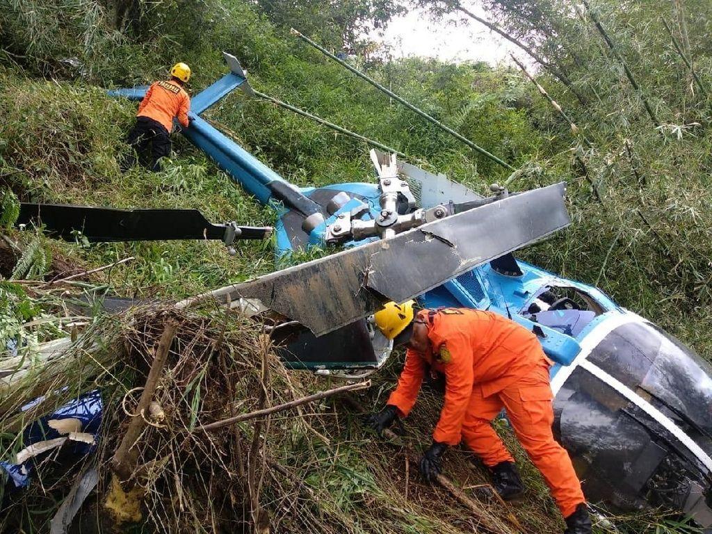 Video: Helikopter Jatuh di Tasikmalaya, Empat Orang Luka-luka