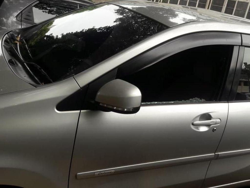 Polisi Tembak Sopir Taksi Online Palsu yang Peras dan Lukai Penumpang