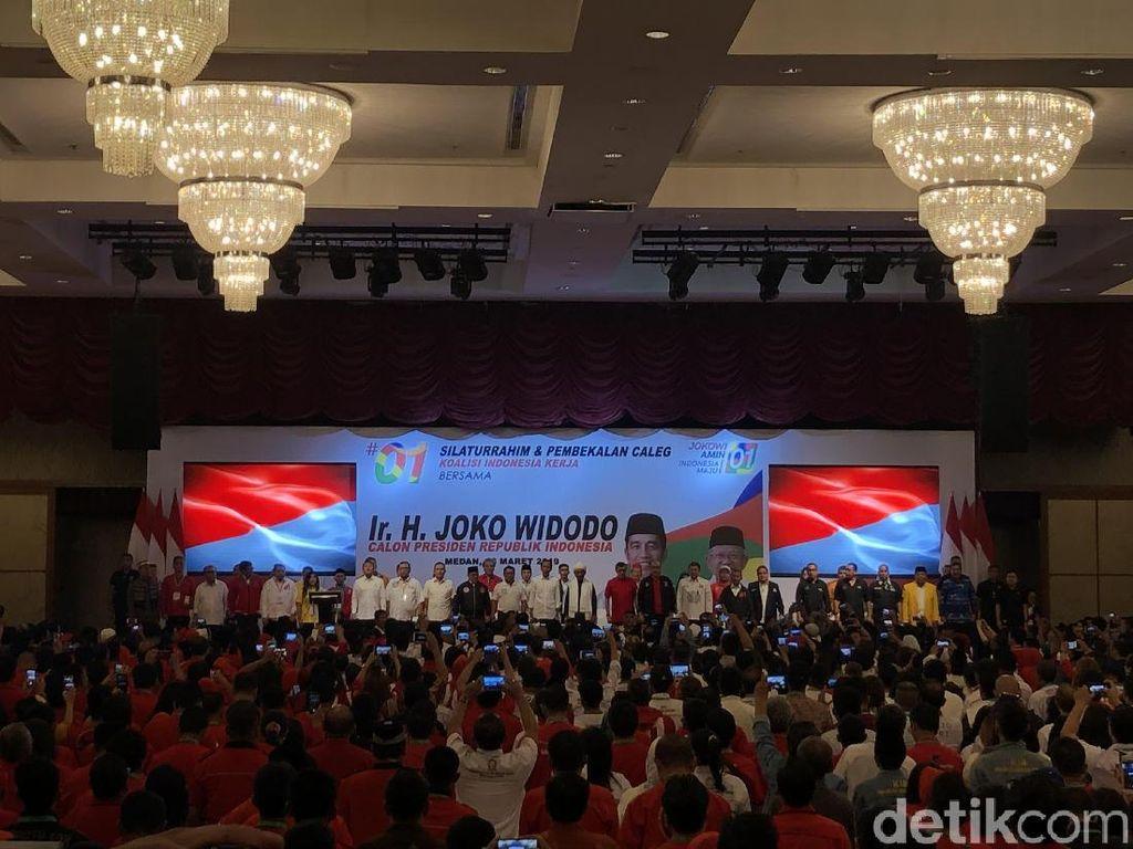 Jokowi Bekali Caleg di Sumut: Lawan Emak-emak Hoax Door to Door