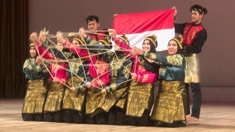 Tim Kesenian RI Torehkan Prestasi di International Folklore Festival Rusia