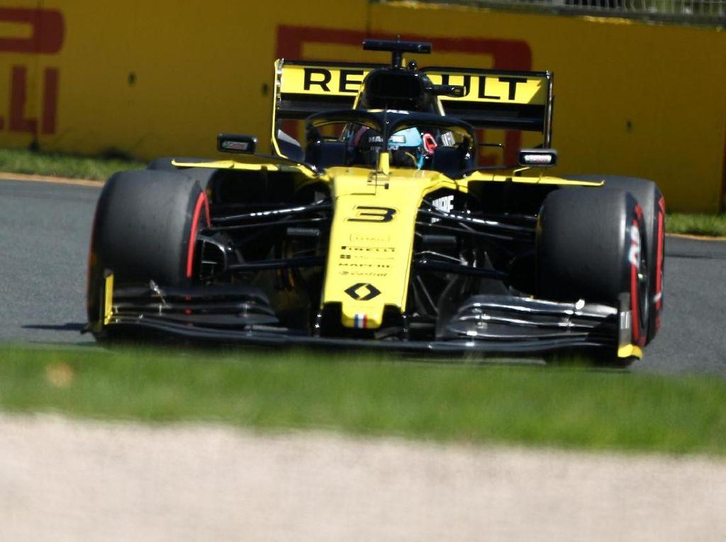 Masalah Minor di Mobil Hambat Laju Ricciardo di Latihan Bebas