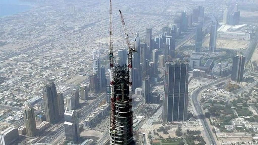 Mengintip Pembangunan Burj Khalifa hingga Patung Liberty