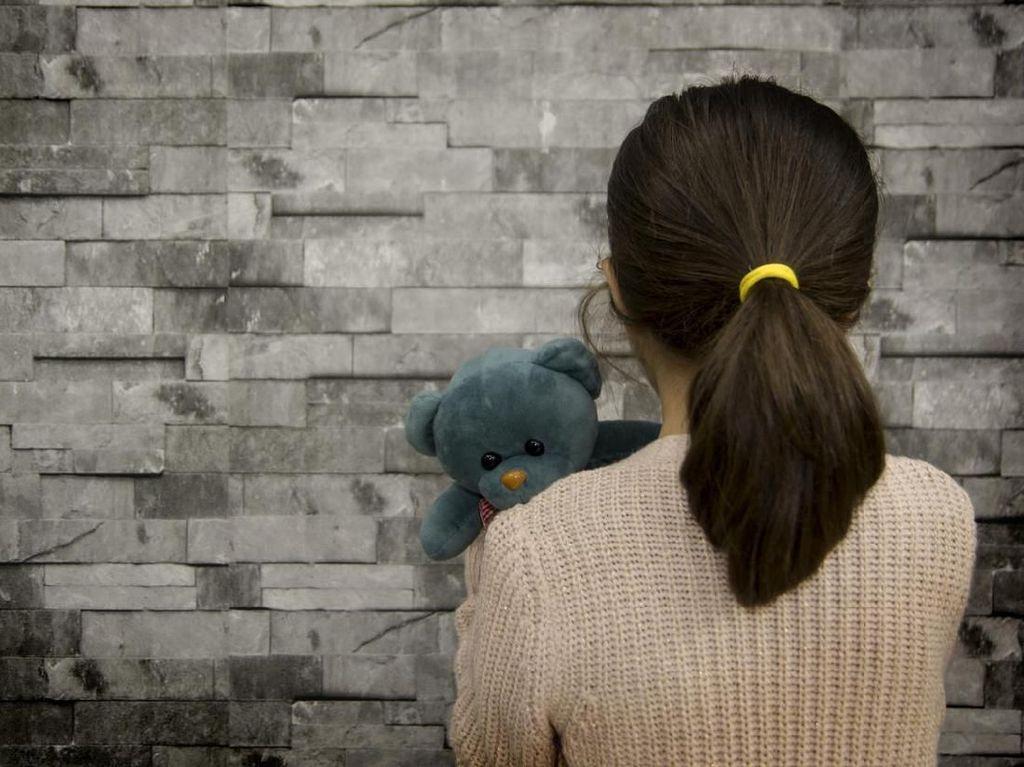 Memulihkan Trauma Anak yang Jadi Korban Aksi Penembakan