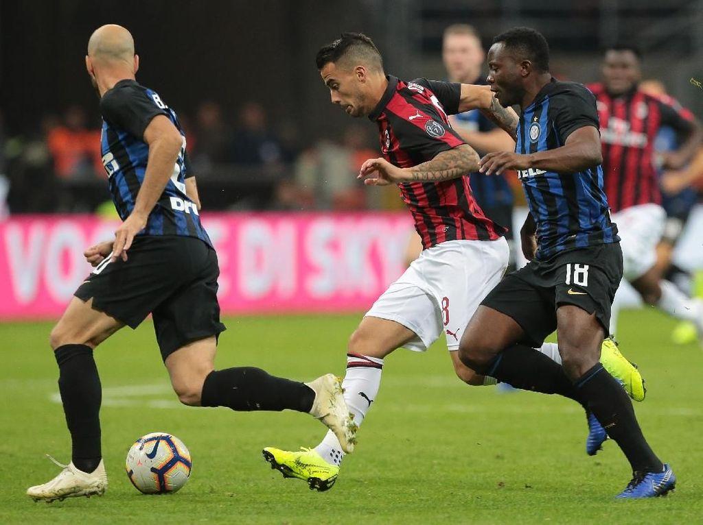 Milan yang Melaju Kencang vs Inter yang Tertatih