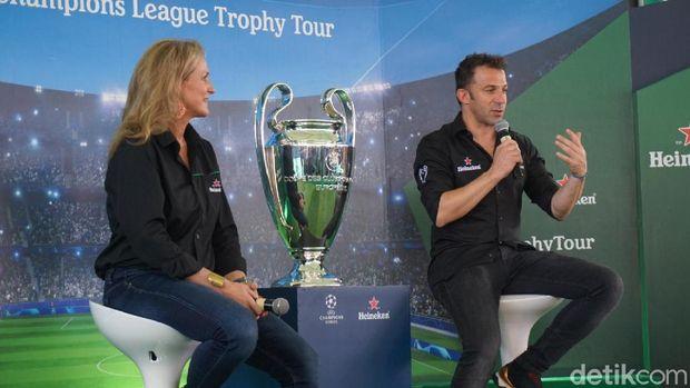 Trofi Liga Champions dan Del Piero Sudah Tiba di Bali