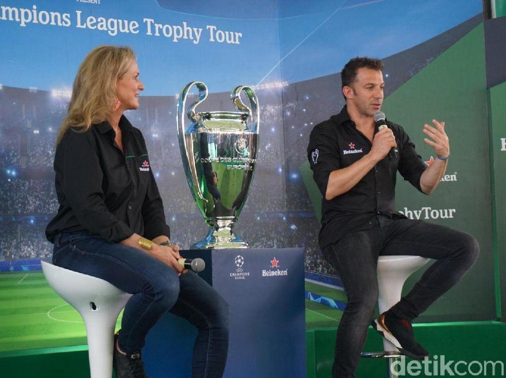 Ronaldo Vs Del Piero, Siapa Paling Jago Tendangan Bebas?