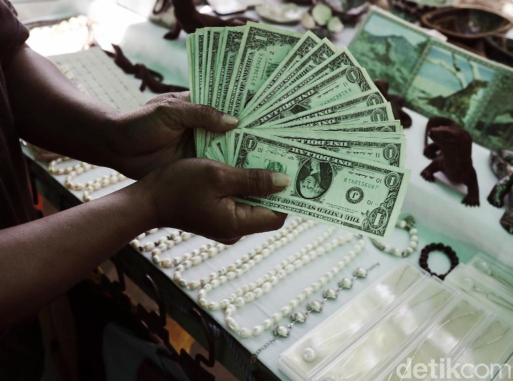 Mantap! Rupiah Tekuk Dolar AS ke Rp 13.954
