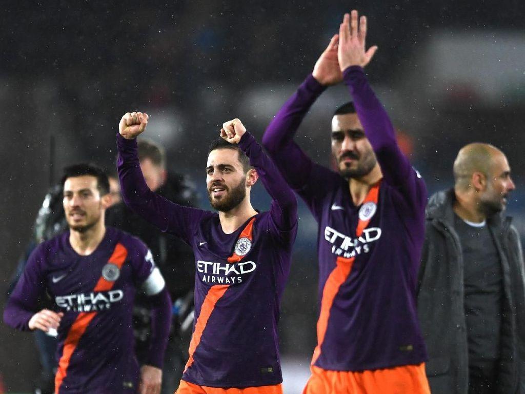 Lewat Kemenangan Kontroversial, City ke Semifinal Piala FA