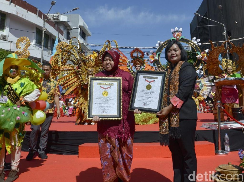 Festival Rujak Ulek Surabaya Pecahkan 2 Rekor MURI