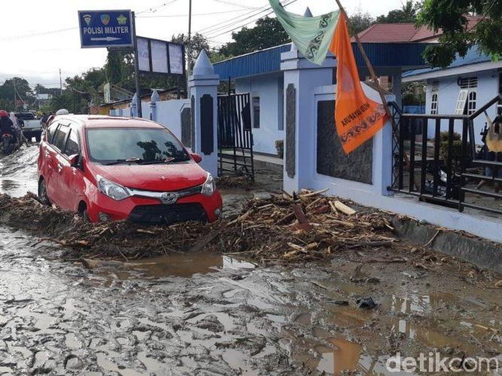 Polisi: 70 Orang Meninggal Dunia Akibat Banjir Bandang di Sentani