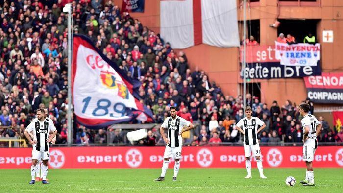 Juventus kalah dari Genoa 0-2. (Foto: Massimo Pinca/Reuters)