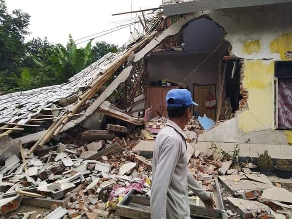 Gaya Pembangkit Gempa 5,4 SR yang Sebabkan Longsor di Lombok Masih Misteri