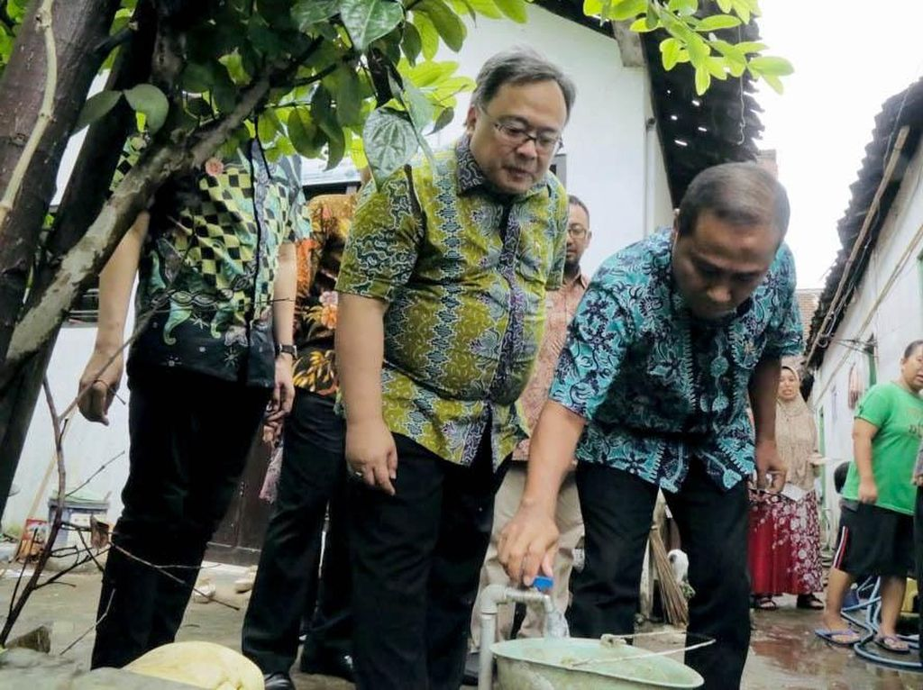 Perbaikan Akses Air Minum dan Sanitasi
