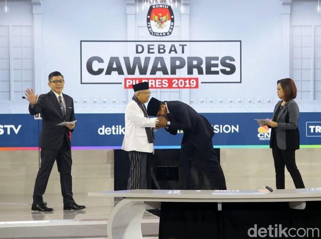 Survei Kompas: Sandi Lebih Dongkrak Prabowo Dibanding Maruf ke Jokowi
