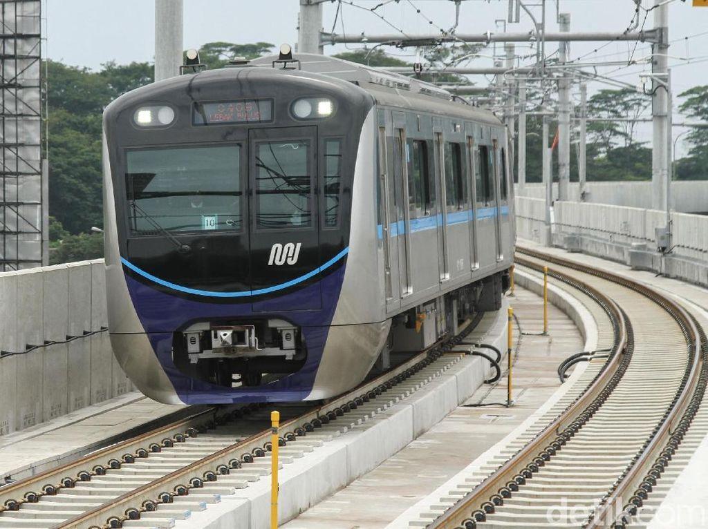 Tarif MRT Dianggap Mahal, Anies Bandingkan dengan Ojek