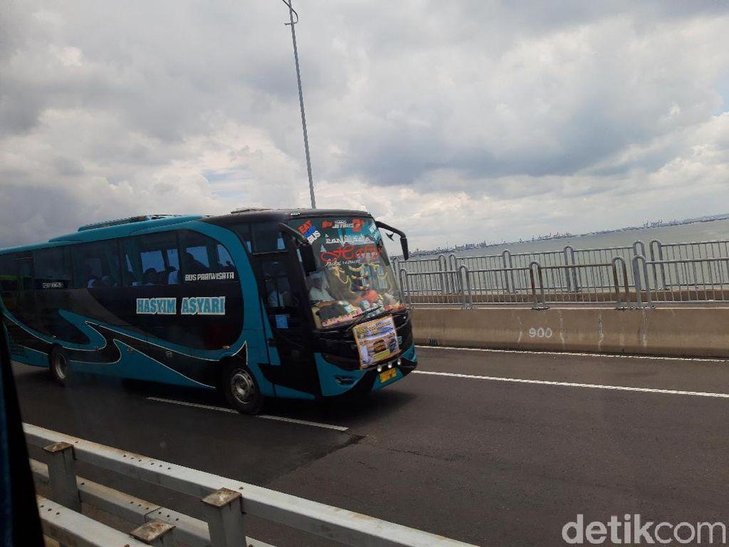 Millennial Road Safety Festival Bubar, Jembatan Suramadu Kembali Dibuka