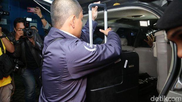 Rommy Ppp Update: Deja Vu KPK Geledah Ruang Menteri Agama
