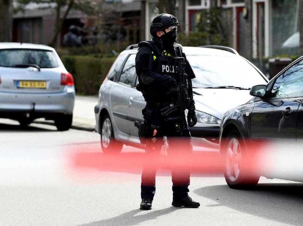 Jurnalis Kriminal Belanda yang Ditembak Usai Acara Televisi Meninggal