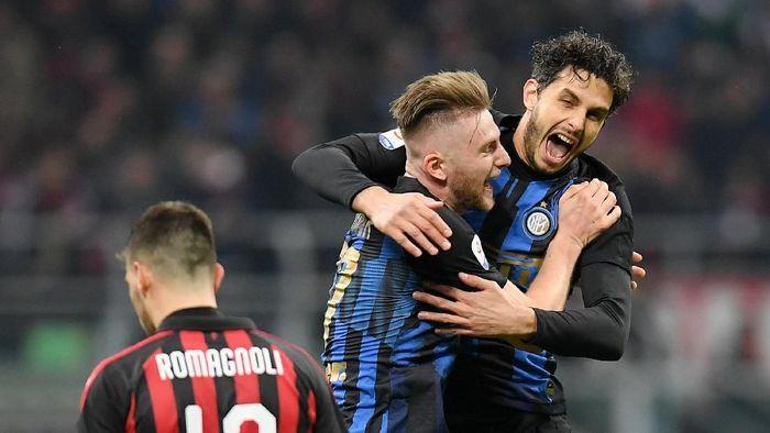 Nerazzuri memetik kemenangan 3-2 atas Rossoneri di San Siro, Senin (18/3/2019) dinihari WIB. (Foto: Daniele Mascolo/Reuters)