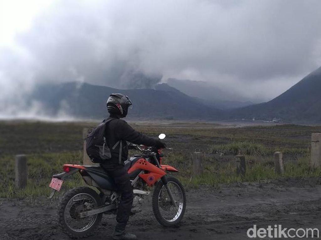 Aktivitas Gunung Bromo Meningkat, Jalur Evakuasi Mulai Dipetakan
