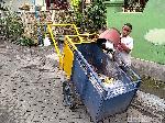 Berbekal Nekat, Tukang Sampah di Malang Ini Maju Nyaleg