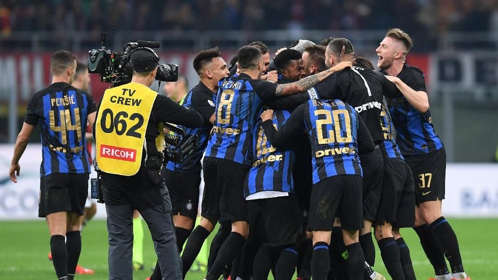 Lima Gol di San Siro, Inter Pecundangi Milan