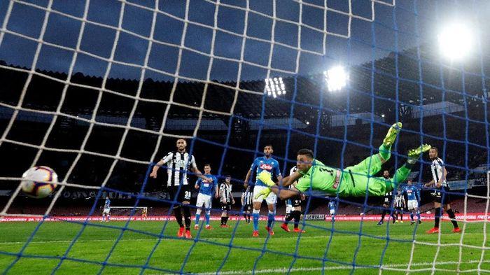 Napoli mengalahkan Udinese 4-2 di Liga Italia. (Foto: Ciro De Luca / Reuters)