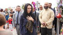 Wanita Pemimpin New Zealand Dikagumi, Istri Sandiaga Uno Cantik Berbusana Biru