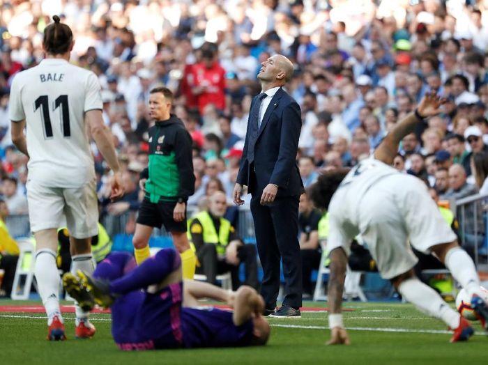 Zinedine Zidane pada di salah satu laga Real Madrid. (Foto: Susana Vera/Reuters)
