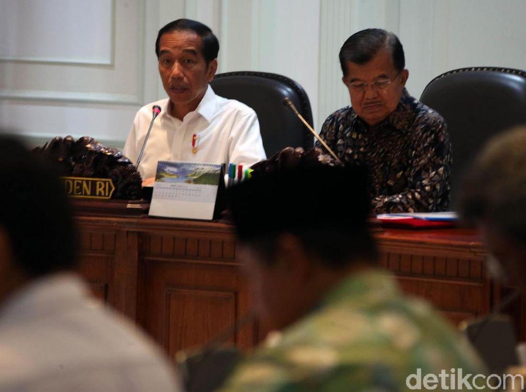 Dihadiri Anies dan Airin, Jokowi Bahas Kemacetan Jabodetabek