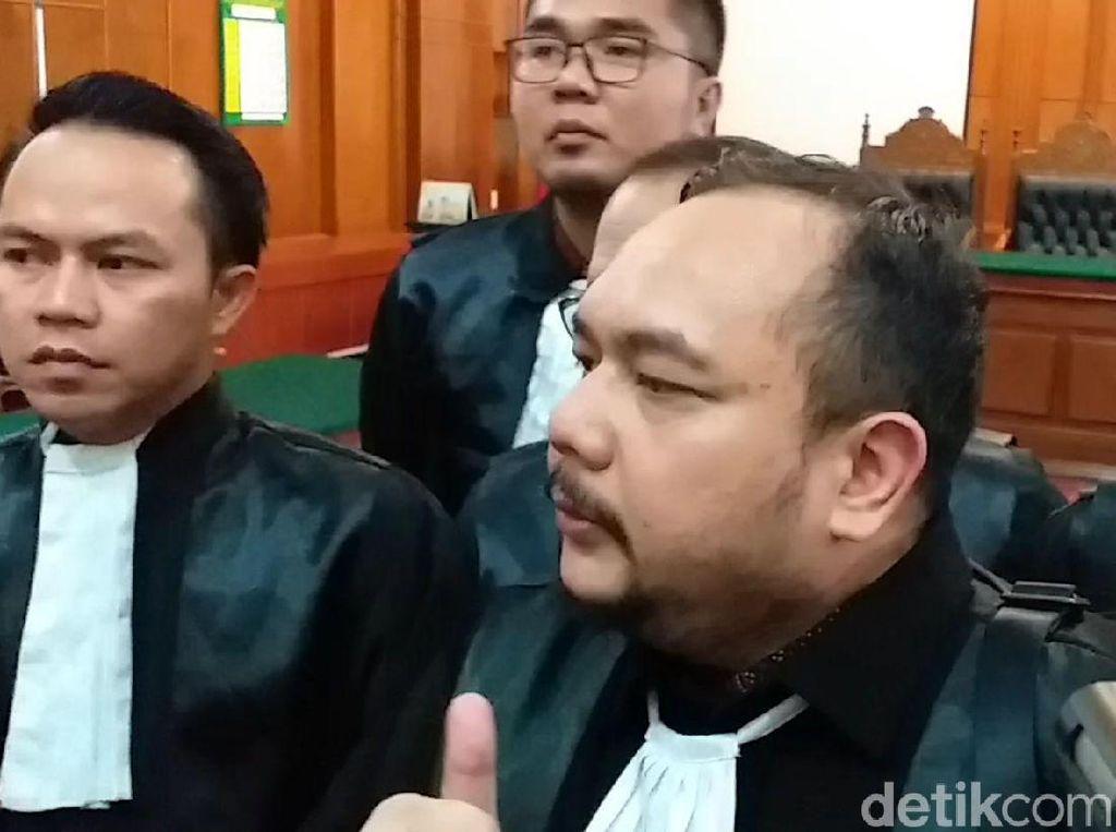 Ucap Syukur Kuasa Hukum Ahmad Dhani di Sidang Kasus Idiot