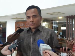 WFH Rasa Cuti, Menteri Jangan Cuma Cari Perhatian Jokowi