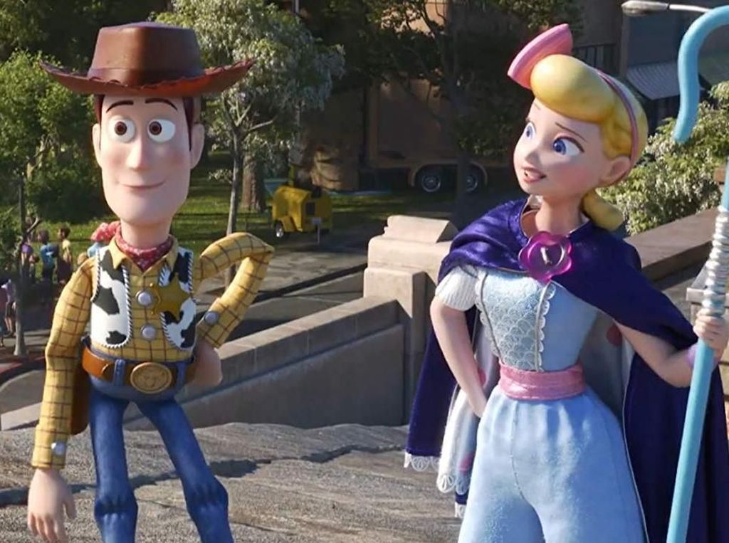 Toy Story 4 Puncaki Box Office, Geser Men in Black