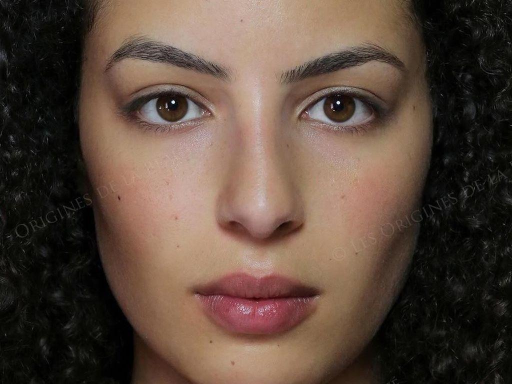 Rangkaian Foto Ini Buktikan Kecantikan Wanita Tak Mengenal Asal Negara
