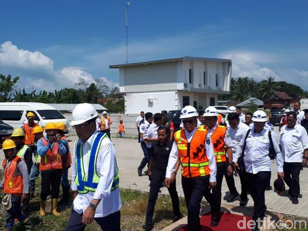 Menhub Cek Proyek Kereta Trans Sulawesi yang Dikritik JK
