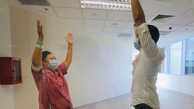 Ani Yudhoyono menjalani exercise dalam perawatan di Singapura (Foto: instagram)