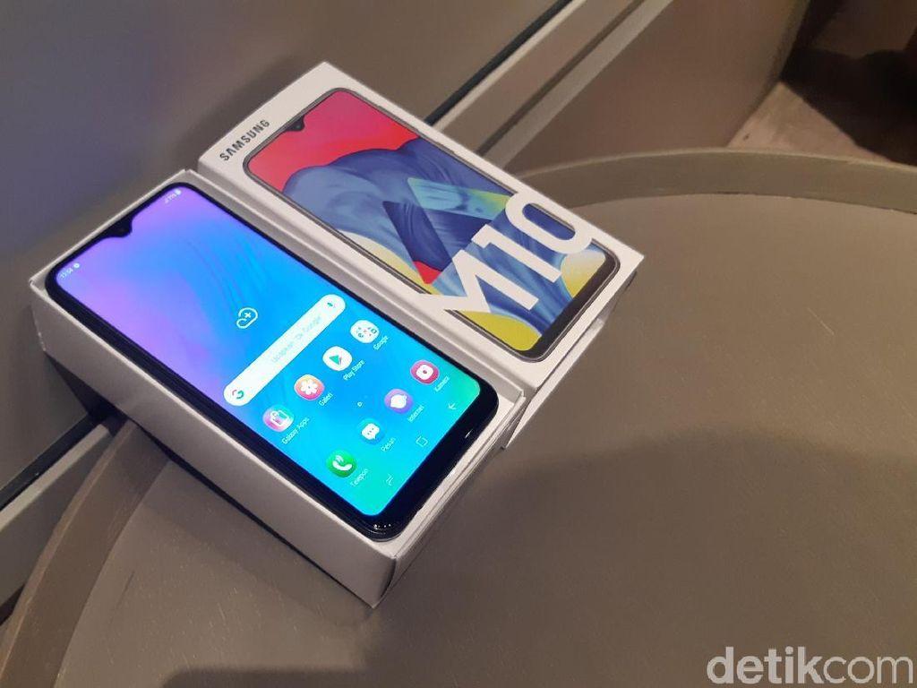 Unboxing Galaxy M10, Smartphone Rp 1 Jutaan dari Samsung