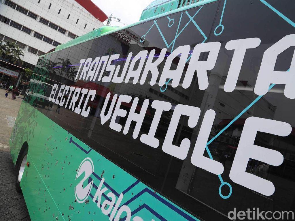 Ratusan Bus Listrik Akan Gantikan Bus Konvensional Transjakarta