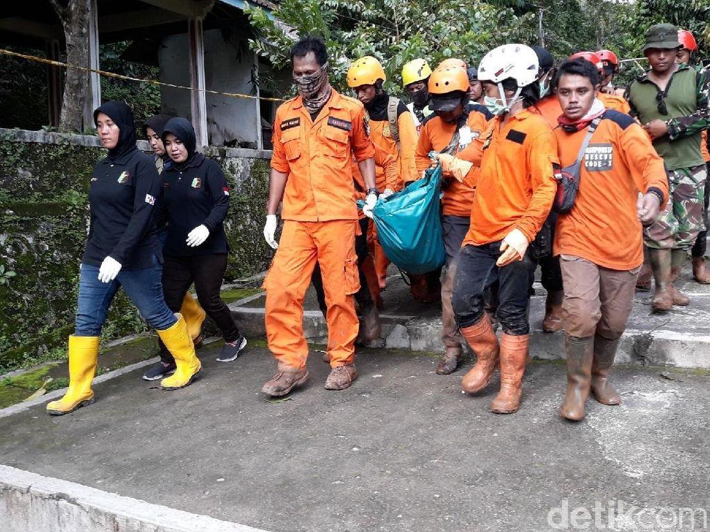 Seluruh Korban Tertimbun Longsor di Bantul Berhasil Dievakuasi