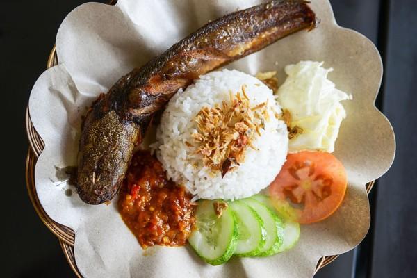membuka pecel lele  peminatnya   country Resepi Sambal Pecel Ayam Indonesia Enak dan Mudah